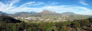 700px-Stellenbosch_fan_Papagaaiberch_grut